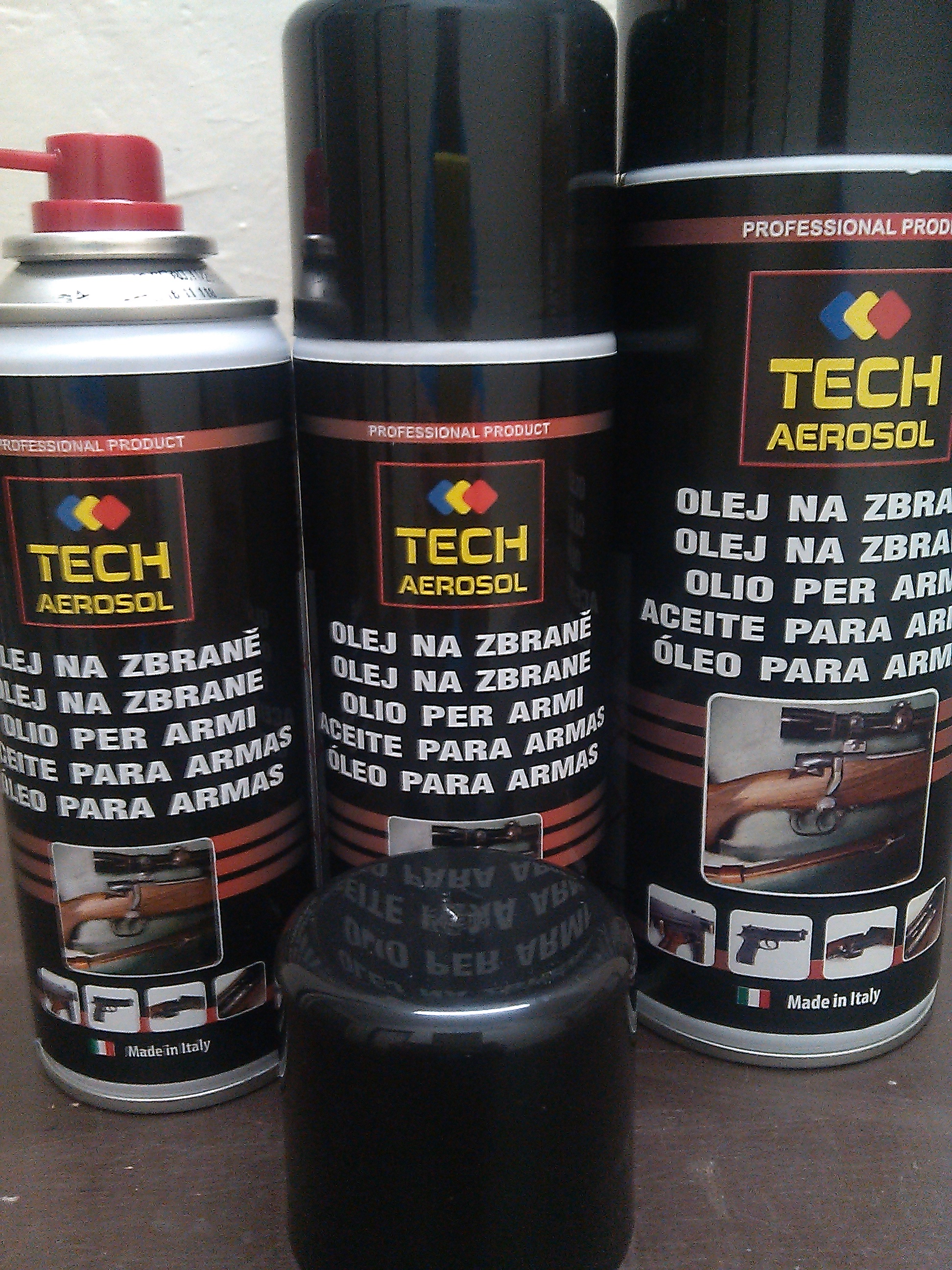 slide /fotky15951/slider/Tech-aerosol-200-a-400ml.jpg